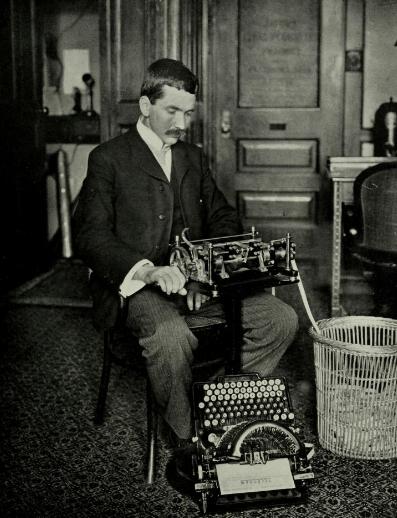 DonaldMurray_with_Telegraphic_Typewriter
